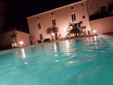 chambres-d-hotes-le-marais-picotin-85420-saint-pierre-le-vieux-1.jpg