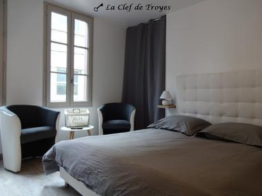 © La Clé de Troyes
