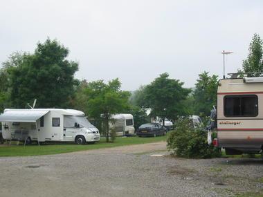 Camping_Renoir_2_etoiles_La_Roche_Posay (2).jpg