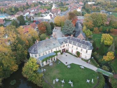 chateau-aubry-du-hainaut-vue-aerienne.jpg