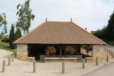 La-Charmee-patrimoine-eglise-mairie-OT (26).JPG