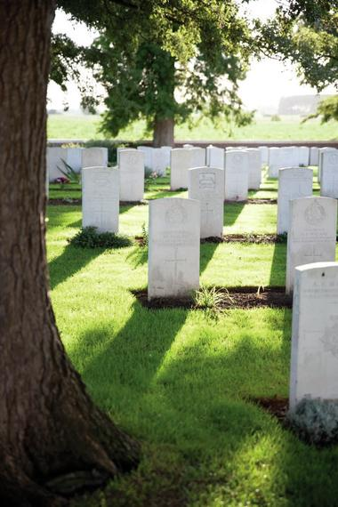 Tombes du Touret Military and Cemetery - Richebourg.jpg
