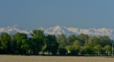 1. vue sur les Pyrénées.jpg