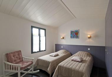 Villa pouzereau - Reglin Delphine - chambre 1.jpg