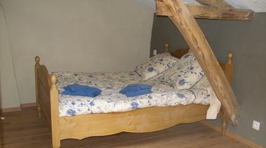 nueil-les-aubiers-gite-la-veraliere-chambre3.jpg