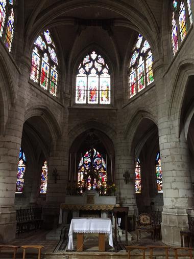 Choeur église St rémy.jpg