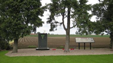 Monument des tunneliers Givenchy.jpg
