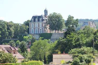 Rully-chateau-vignes