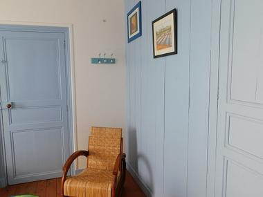 Les Brulonnes-chambre-bleue-vue4.jpg