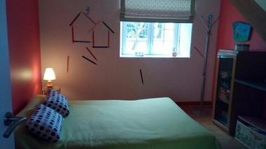 montravers-gite-lolivier-du-bocage-chambre-verte.jpg