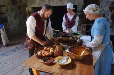 Table de banquet Journées du Patrimoine 16 et 17 septembre (1).JPG