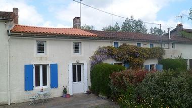 Moncoutant-La Bodinière2-facade-sit.jpg