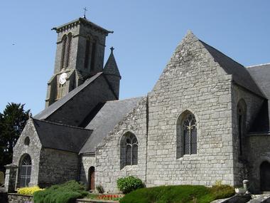 Eglise - Priziac - Pays roi Morvan - Morbihan Bretagne sud - CP OTPRM (2).JPG