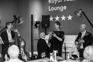 royal jazz bar antibes (1).jpg
