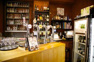 Lebistrodejeanphi-bar-Mons.jpg