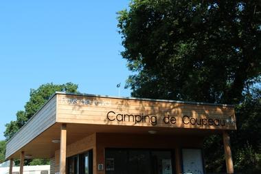Camping Coupeau web.JPG