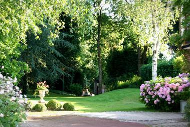 Estreux-Domaine-de-la-Frenaie-Parc jpg.jpg