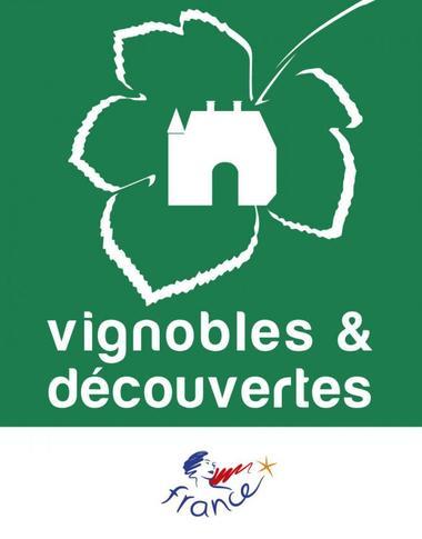 logo_Vignobles et découvertes_pour plaque_0.jpg