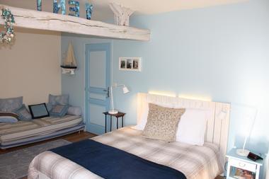 Chambres Le Coteau de l'Orme - Laubressel 9.jpg