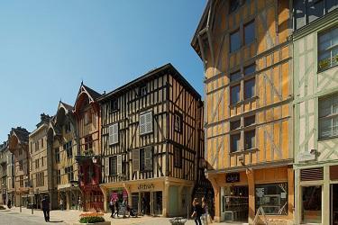 Zola©DLN Troyes