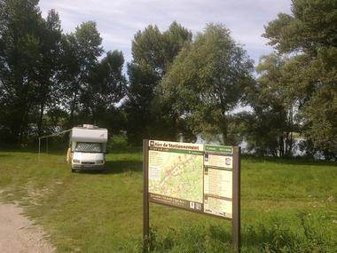 Aire de stationnement de Saint-Dyé-sur-Loire
