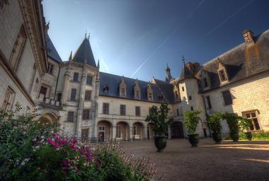 Cour du Domaine Régional de Chaumont-sur-Loire en Val de Loire