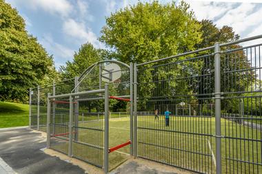 WauxHall-basket-WBT-JPRemy.jpg