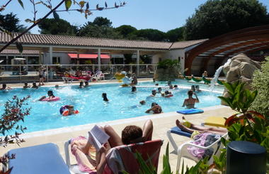 Piscine_couverte_chauffee_Ile_Re (16).JPG