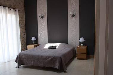 breuil-chaussée-les-pierres-dantan-chambre-grise-SIT.jpg