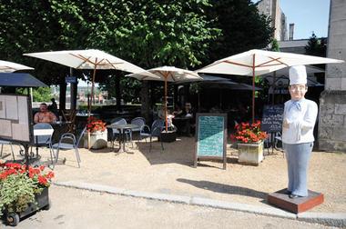 Restaurant Le Triboulet place du château à Blois