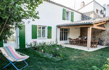 maison_hotes_jardin.jpg