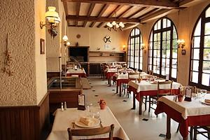salle-restaurant-internet.jpg