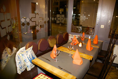 lapetitecouscoussière-table7-mons.jpg