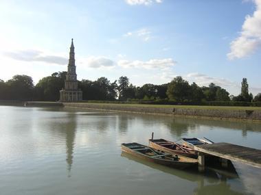 Barque à la Pagode de Chanteloup à Amboise