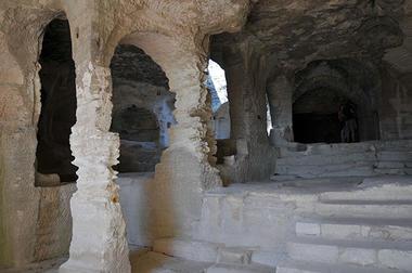 Abbaye de Saint Roman5.jpg