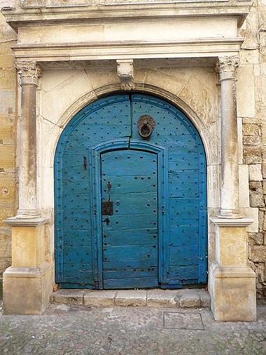 Martel porte bleue.jpg