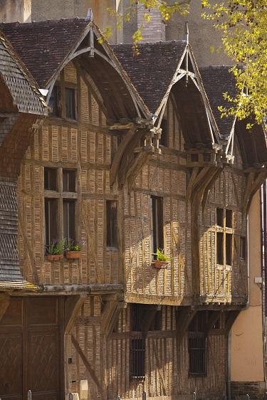 D. le Nevé rue passerat Troyes France photo 4 redim.jpg