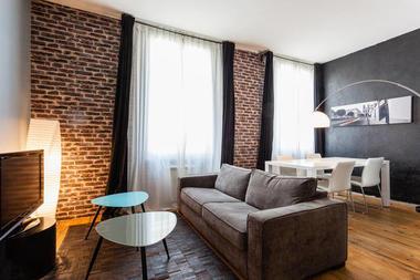 loft salon.jpg