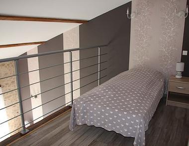 breuil-chaussée-les-pierres-dantan-chambre-grise3-SIT.jpg