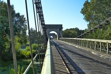 Pont de Fourques1.jpg
