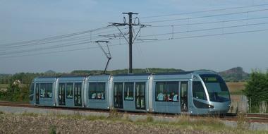 La_Grande traversée_en tramway_de_la_Compagnie_des mines d'Anzin_.jpg