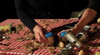 L'ile enchantée_Corvée de patate_001 © Compagnie Péplum Cactus.jpeg