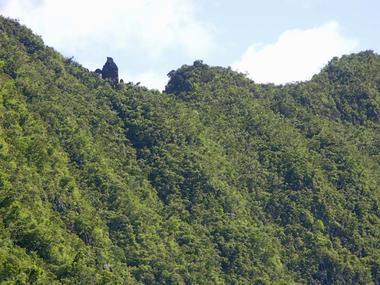 La Roche Verre Bouteille depuis la Cap Noir