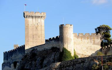 Château de Beaucaire 002.jpg