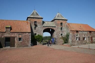 chateau-ferme-rampemont (3).JPG