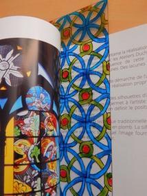 Exemple de création, atelier Vitrail à la page © Cité du vitrail
