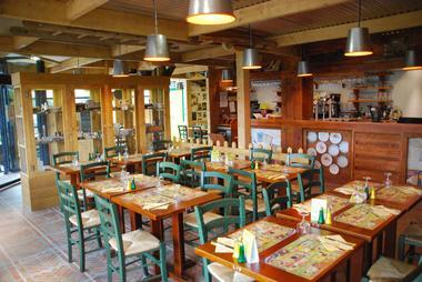 la-pataterie-valenciennes-satellium-restaurant-famille.JPG