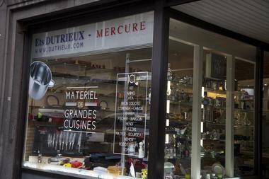 dutrieux-vitrine6-mons.jpg