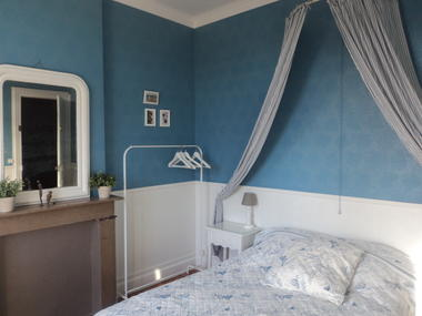 Valenciennes-Le-temps-d-une-pause-chambre-bleue.jpg