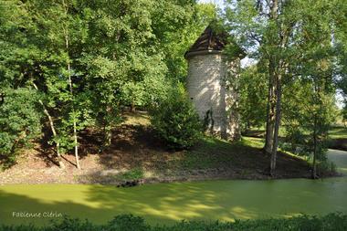 Coursan-chateau1-fc.jpg